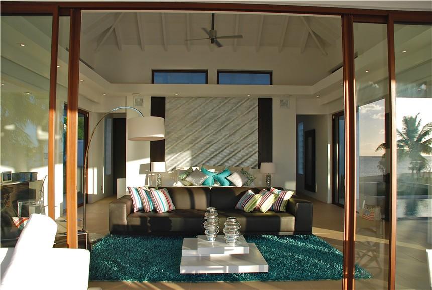 尼維斯島——頂峰別墅